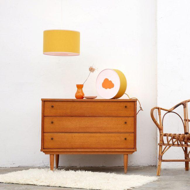 Lampe à poser ou à accrocher moutarde et rose nuage orange pastel